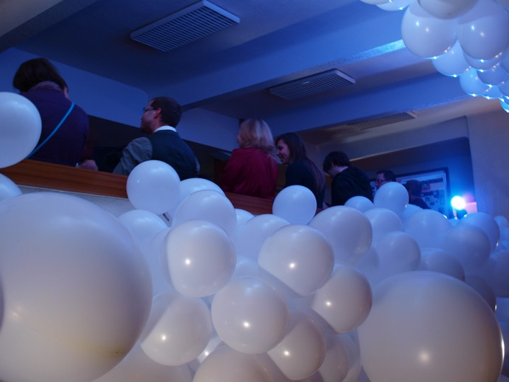 101104_party_brno_viktor_VW054275